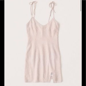 Abercrombie & Fitch Beige Linen Blend Slip Dress!